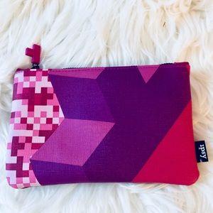 ❗️Ipsy Cosmetic Bag NEW